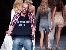 Alexander McQueen's Death Mourned in Fashion World